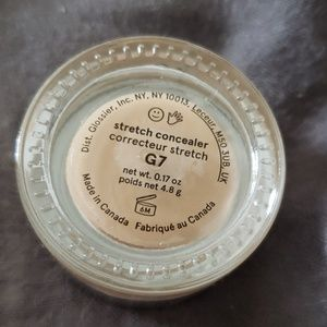 Glossier Makeup - Glossier Stretch Concealer G7